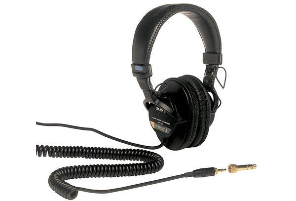 Sony MDR 7506 headphones